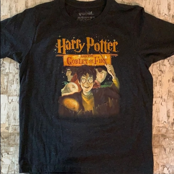 2 Harry Potter T-shirts